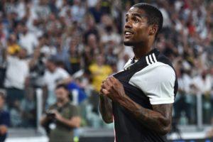 Juventus, clamoroso Douglas Costa! Dalla Germania sono certi: addio a gennaio